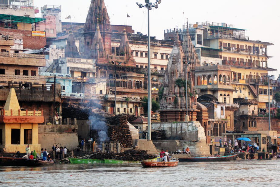 Harishchandra Ghat Varanasi am Ganges